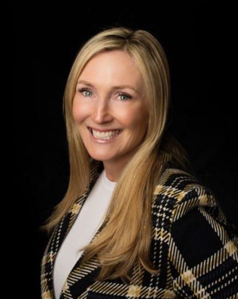 Shea Elizabeth Warrington Realtor Toronto Real Estate Agent